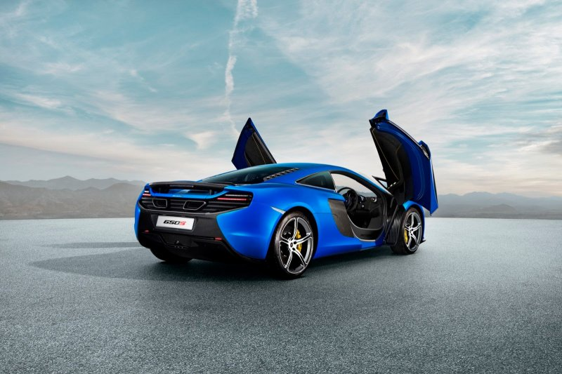 McLaren рассекретил новую модель 650S