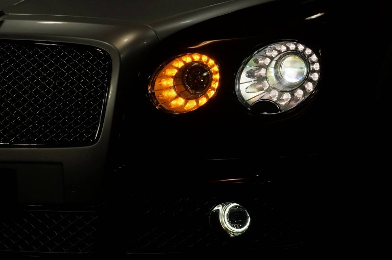 Bentley Continental Flying Spur в тюнинге Mansory