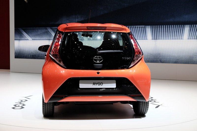 Женева 2014: Toyota презентовала хэтчбек Aygo нового поколения