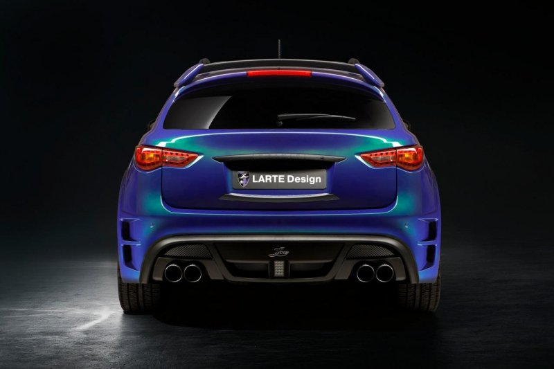 Infiniti QX70 в обвесе Larte Design