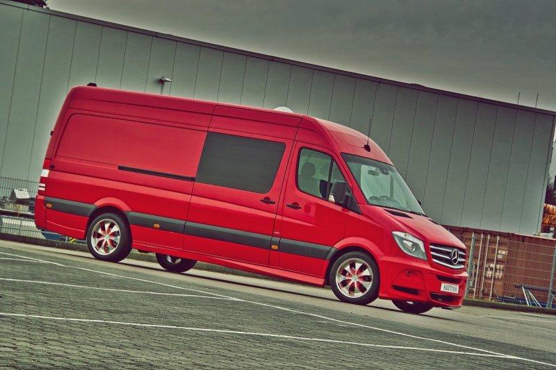 Hartmann добавил визуальной спортивности Mercedes-Benz Sprinter