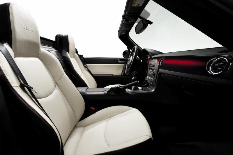 Mazda выпустила юбилейный родстер MX-5 25th Anniversary Edition