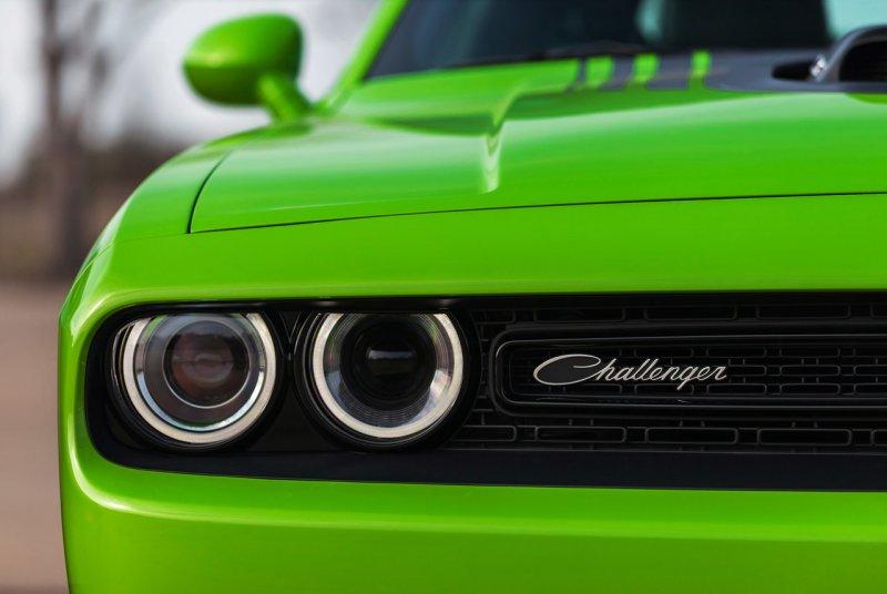 Dodge представил рестайлинговый Challenger