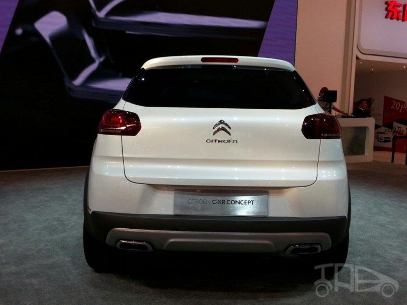 Пекин 2014: Citroen представил прототип будущего кроссовера C-XR