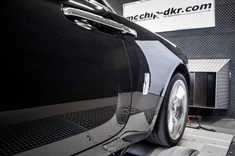 Mcchip-dkr увеличил мощность Rolls-Royce Wraith до 700 л. с.