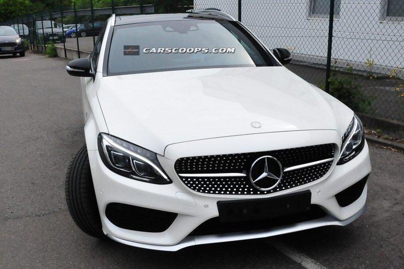 В сеть попали снимки Mercedes-Benz C450 AMG Sport