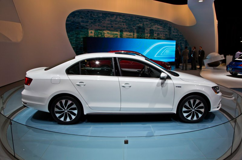 Тест-драйв Volkswagen Jetta (2015)