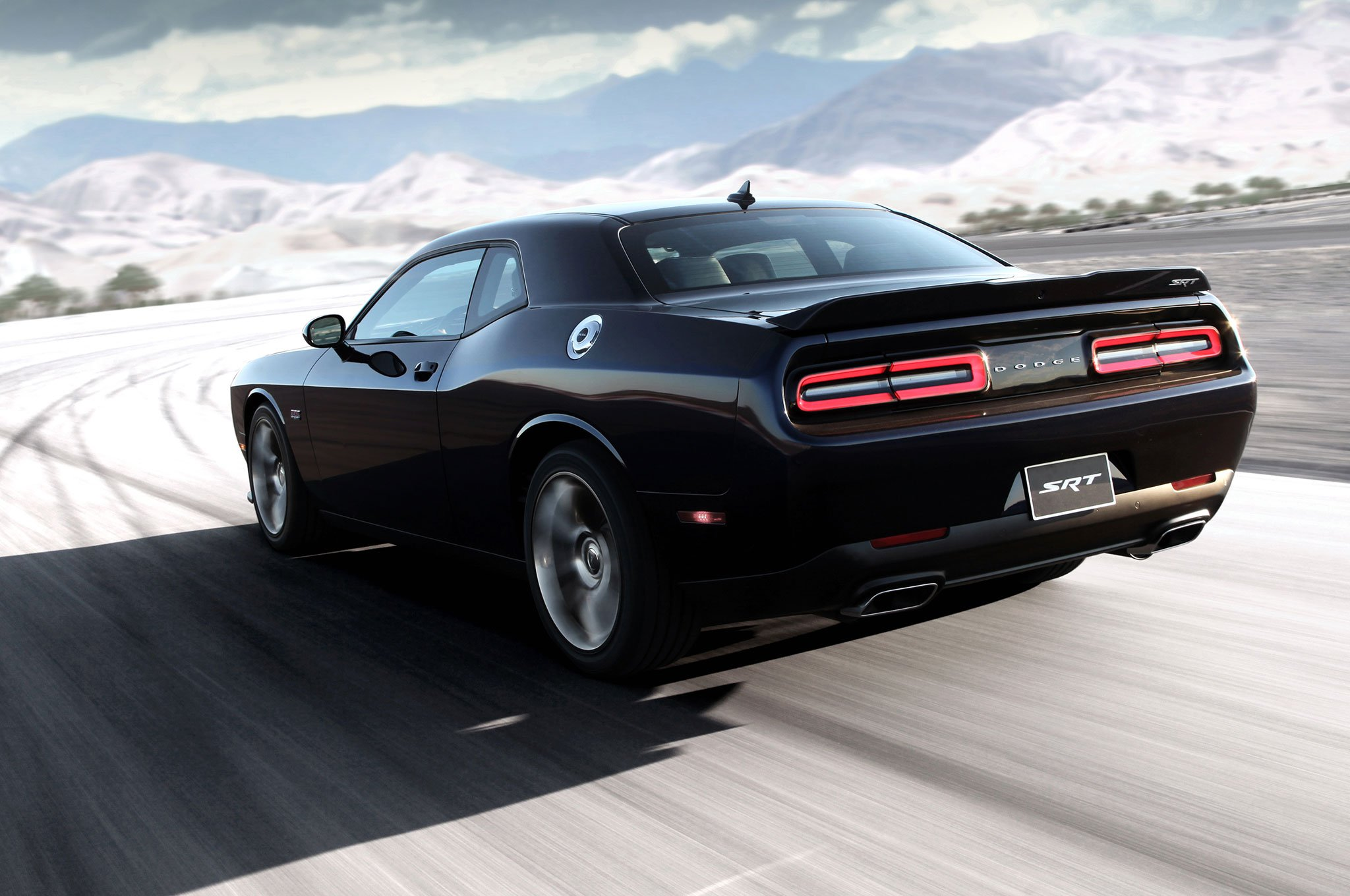 Тест-драйв Dodge Challenger SRT (2015)