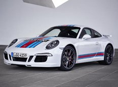 Porsche презентовал 911 Carrera S Martini Racing Edition