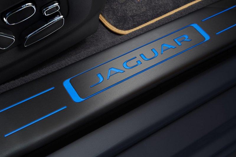 Тест-драйв Jaguar XJ (2014)