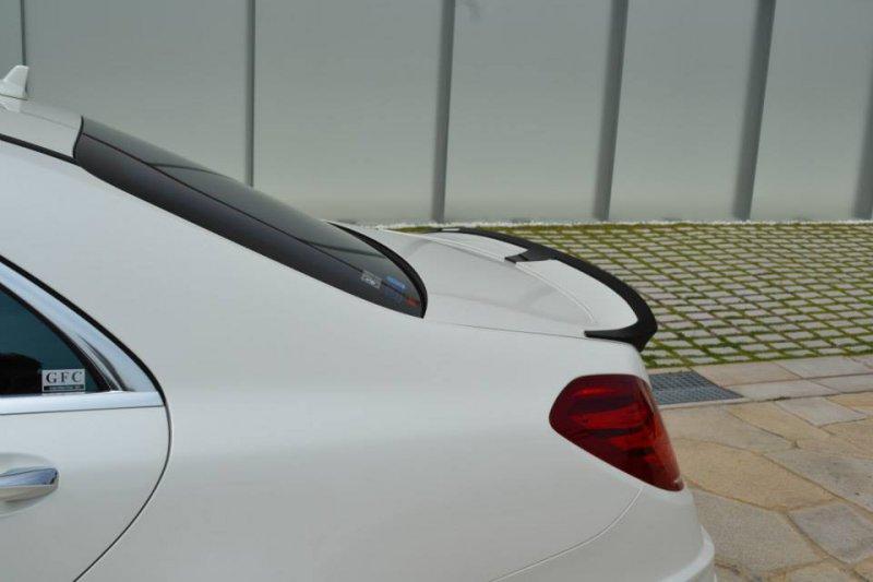 VITT Squalo подготовил агрессивный обвес для Mercedes S63 AMG