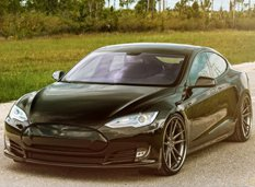 Tesla Model S на дисках ADV.1 Wheels от Wheels Boutique