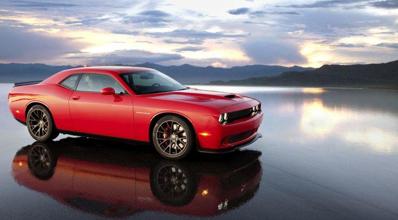 Dodge Challenger SRT Hellcat оказался мощнее SRT Viper