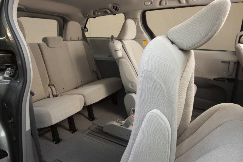 Как обеспечить комфорт ребенка в автомобиле?