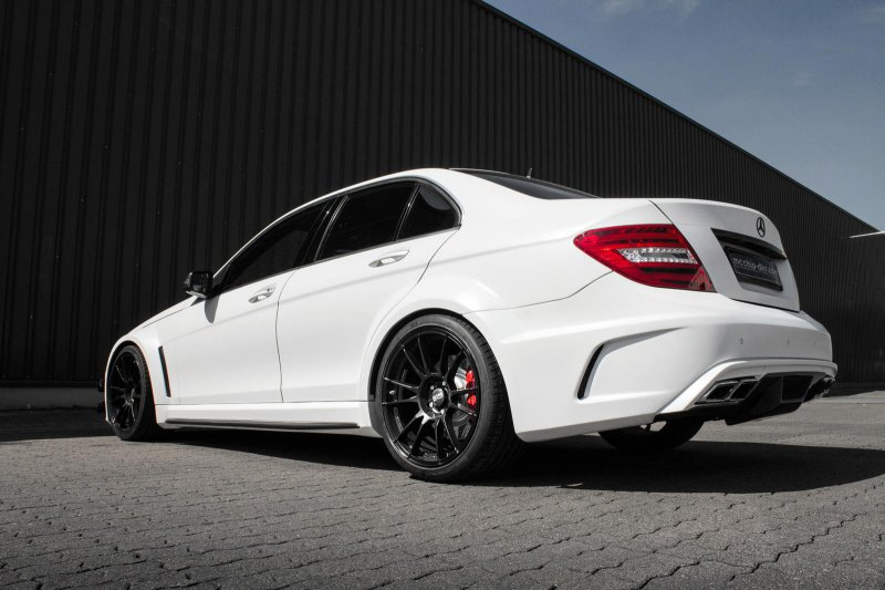 830-сильный Mercedes-Benz C63 AMG mc8xx от Mcchip-DKR