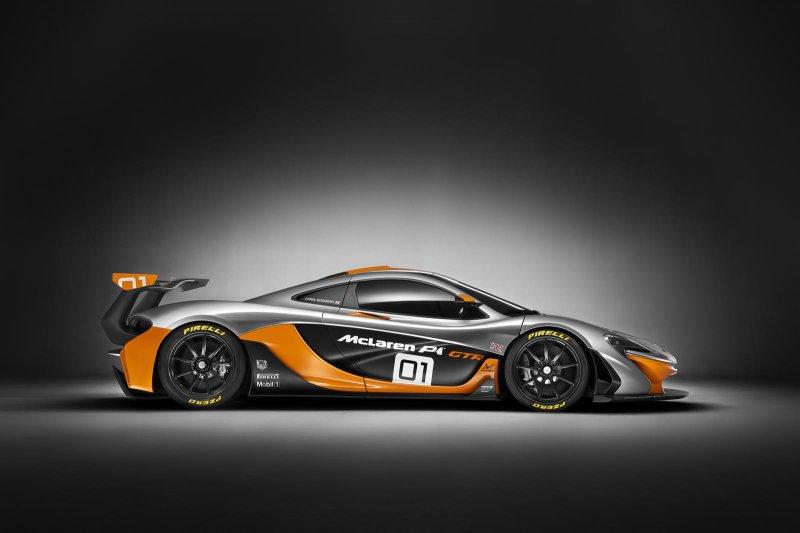 В Пеббл-Бич презентовали гоночный гиперкар McLaren P1 GTR