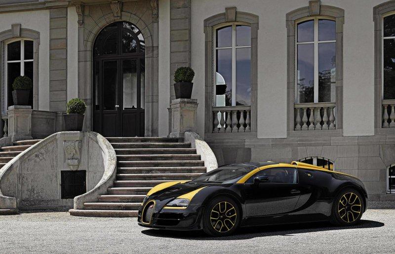 В Пэббл-Бич представили Bugatti Grand Sport Vitesse «1 of 1»