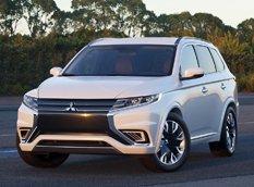Mitsubishi привезет в Париж Outlander PHEV Concept S