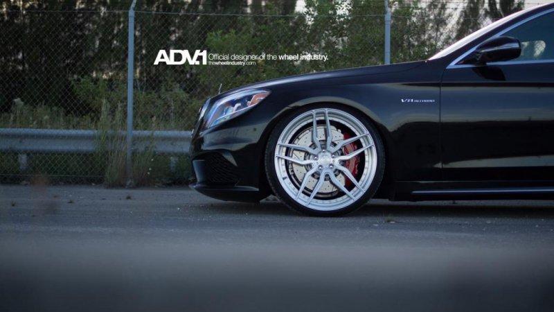 Mercedes S63 AMG S-model на дисках ADV.1 Wheels