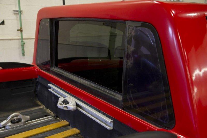 На базе электрокара Nissan Leaf построили компактный пикап Sparky