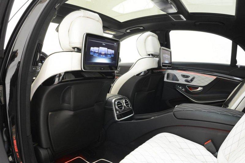 Brabus представил фотографии очередного лимузина iBusiness