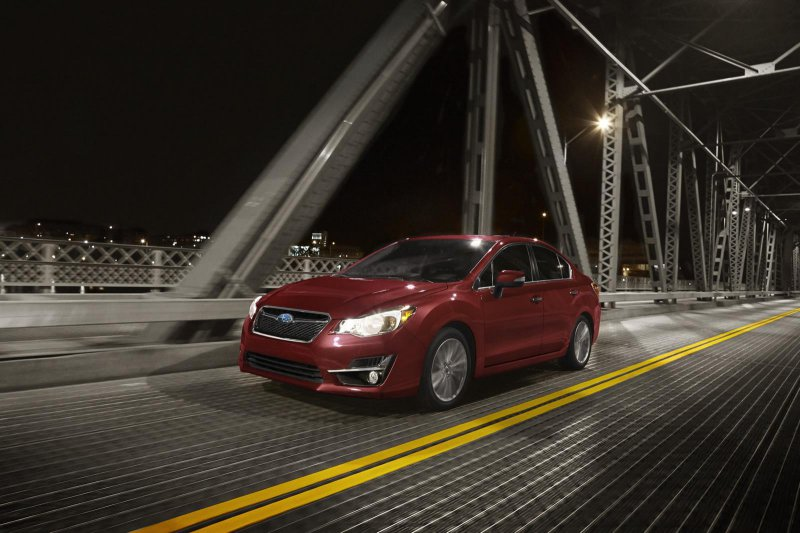 Subaru обновила модель Impreza на 2015-й год
