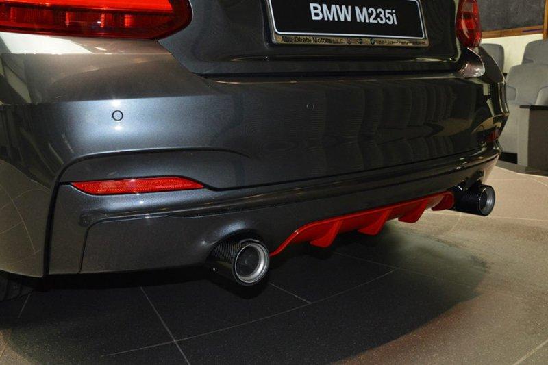 Дилерский центр Абу-Даби продает уникальный BMW M235i M Performance