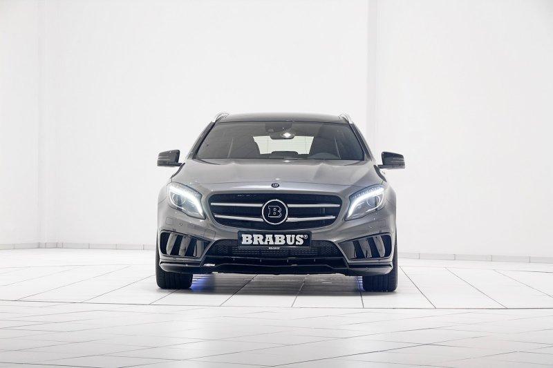 Brabus поработал над «заряженным» кросcовером Mercedes GLA45 AMG
