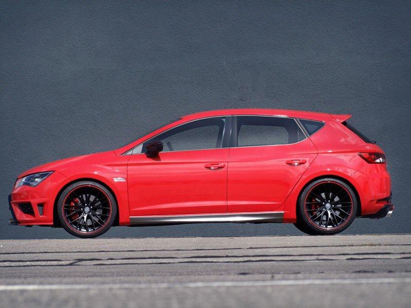 JE Design доработал пятидверный «хот-хэтч» Seat Leon Cupra 5F