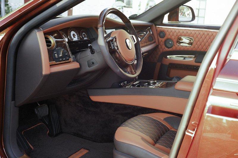 Mansory доработал Rolls-Royce Ghost Series II