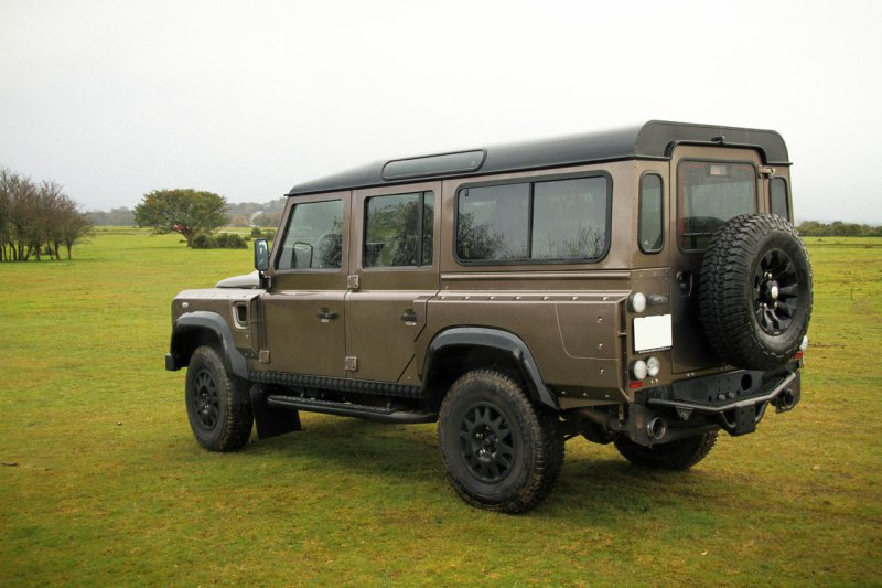 Wildcat оснастил Land Rover Defender 430-сильным двигателем