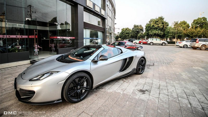DMC доработал McLaren MP4-12C Spider MSO