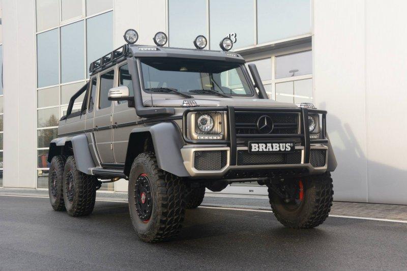Mercedes-Benz G63 6×6 с внедорожным пакетом от Brabus