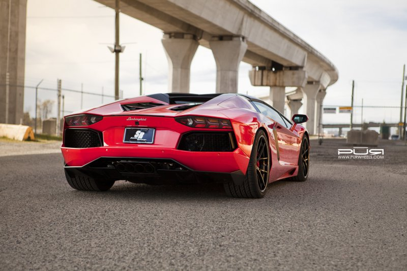 Lamborghini Aventador Roadster на дисках от PUR Wheels