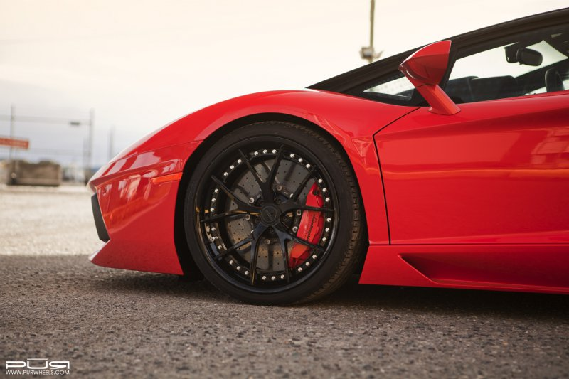 Lamborghini Aventador Roadster �� ������ �� PUR Wheels