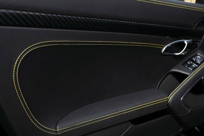 TopCar представил Porsche 911 Stinger GTR