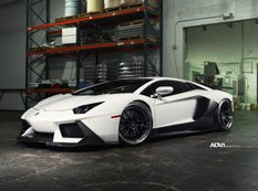 Lamborghini Aventador в обвесе Vorsteiner на дисках ADV.1