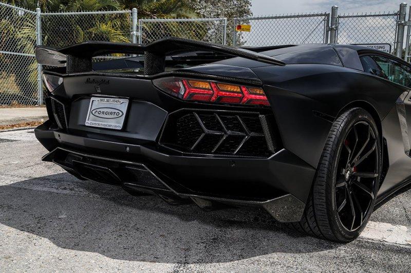 Lamborghini Aventador LP 700-4 от Mansory и Forgiato