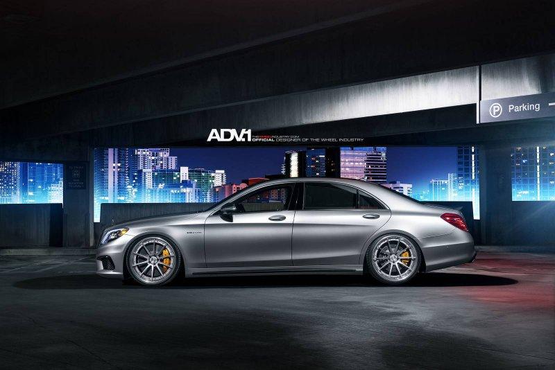 Mercedes-Benz S63 AMG в исполнении Renntech и ADV.1