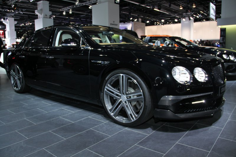 Франкфурт 2015: Bentley Flying Spur от Startech