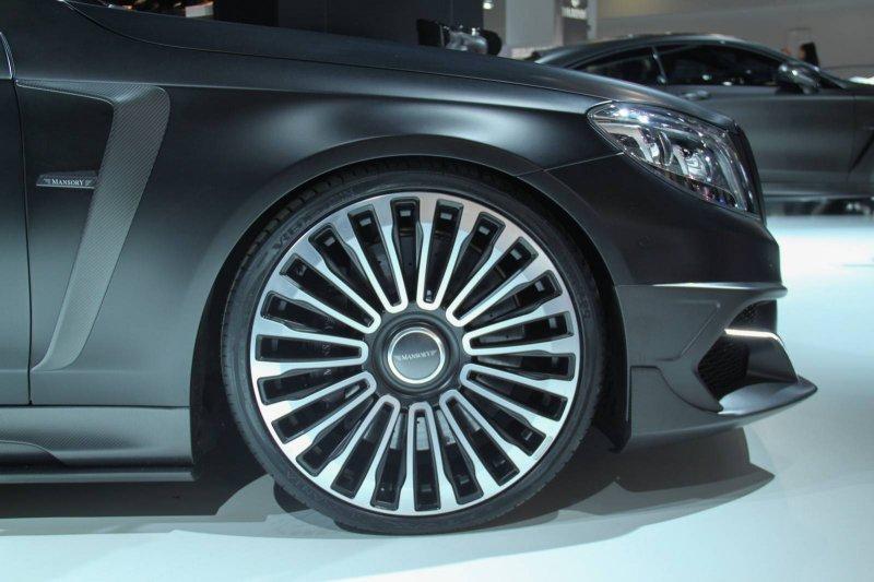Франкфурт 2015: Mercedes-Benz S63 AMG Black Edition от Mansory