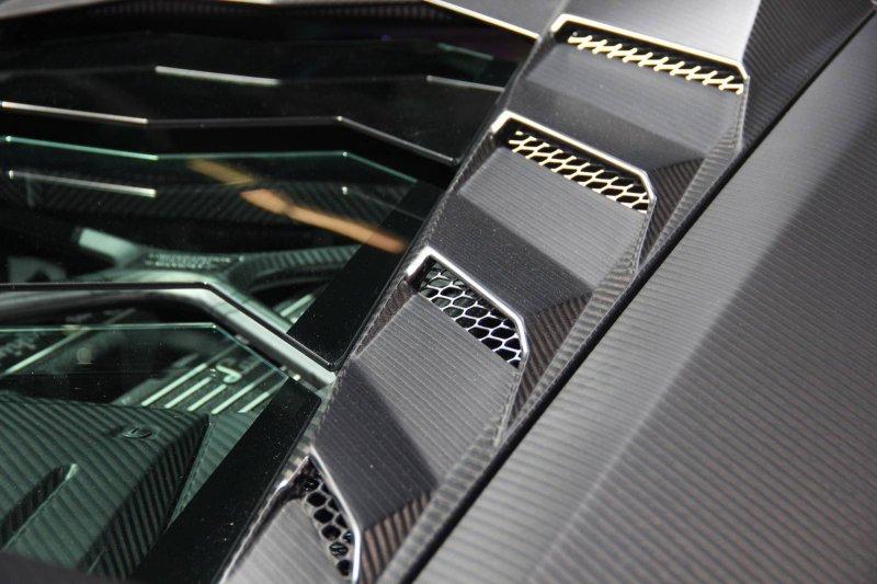 Франкфурт 2015: Torofeo Lamborghini Huracan от Mansory