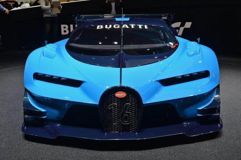 Франкфурт 2015: Bugatti представил концепт Vision Gran Turismo