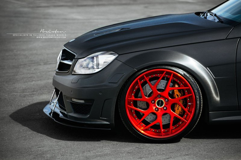 Mercedes-Benz C63 AMG от мастерской Weistec Engineering