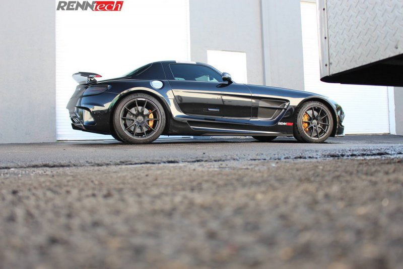 Mercedes-Benz SLS AMG Black Series от RENNtech