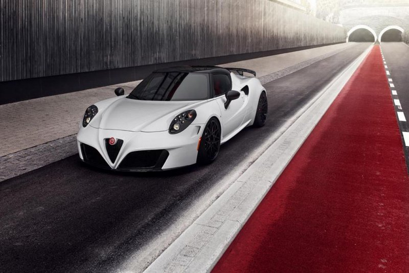 ������������ ����� Alfa Romeo 4C �� Pogea Racing