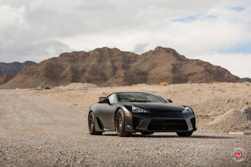 Lexus LFA на дисках от Vossen Wheels