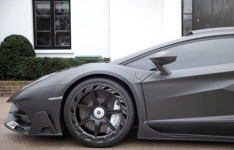 Эксклюзивный Lamborghini Aventador SV от Mansory