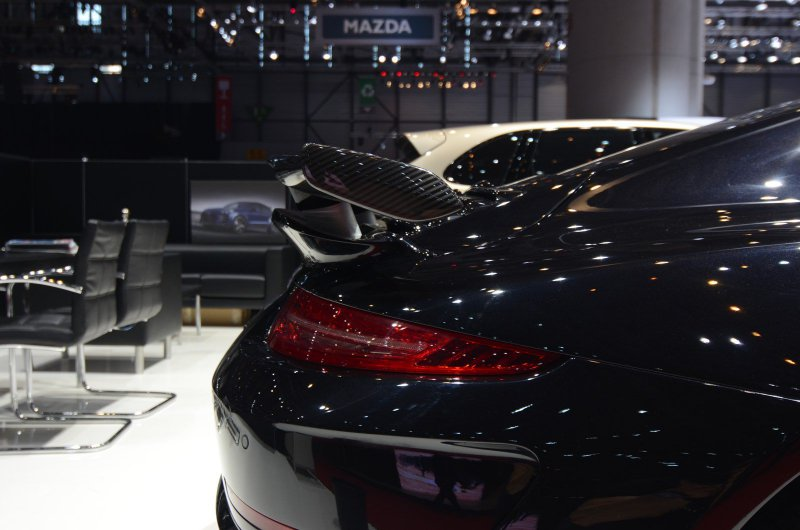 Женевский автосалон 2016: Porsche 911 Turbo S от TopCar