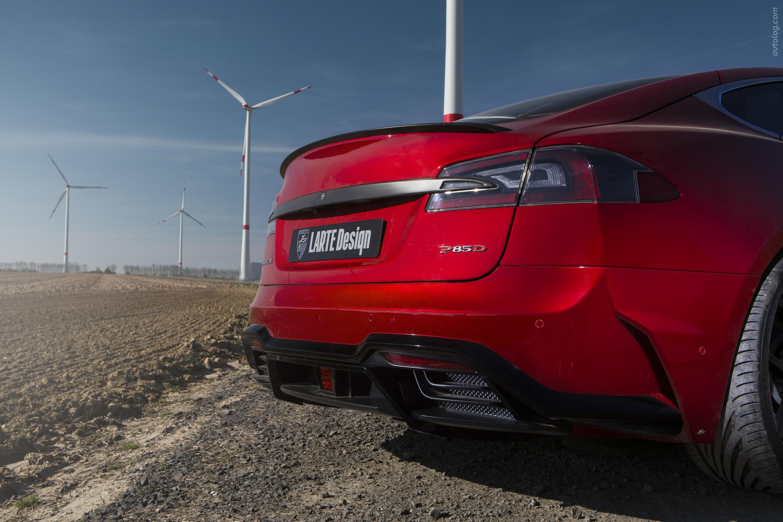 Tesla Model S от мастеров Voltes Design